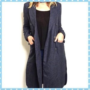 ✨NAVY AND DENIM COLORED FABRIC TWO TONED COAT✨